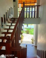 110-Wooden-stairs-to-the-high-floor-room